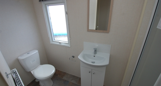 2018 Victory Torbay Bathroom