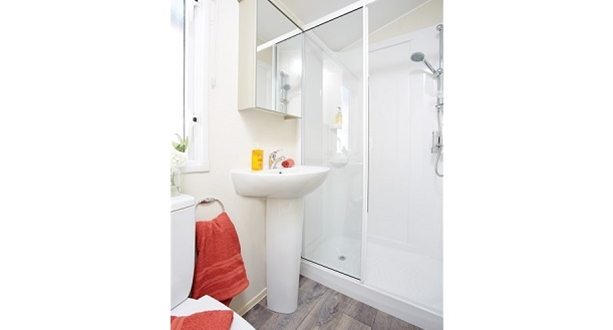 2018 Atlas Chorus-2 Shower Room